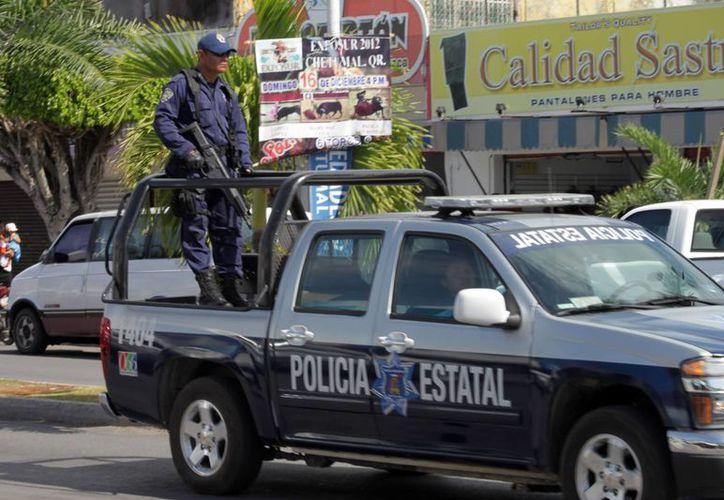 La delincuencia ha rebasado a las corporaciones policiales, al estar limitados de personal operativo, patrullas y estrategias de vigilancia. (Harold Alcocer/SIPSE)