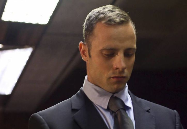 Oscar Pistorius volverá a comparecer ante el tribunal el próximo 4 de junio, por el asesinato de su novia. (EFE/Archivo)