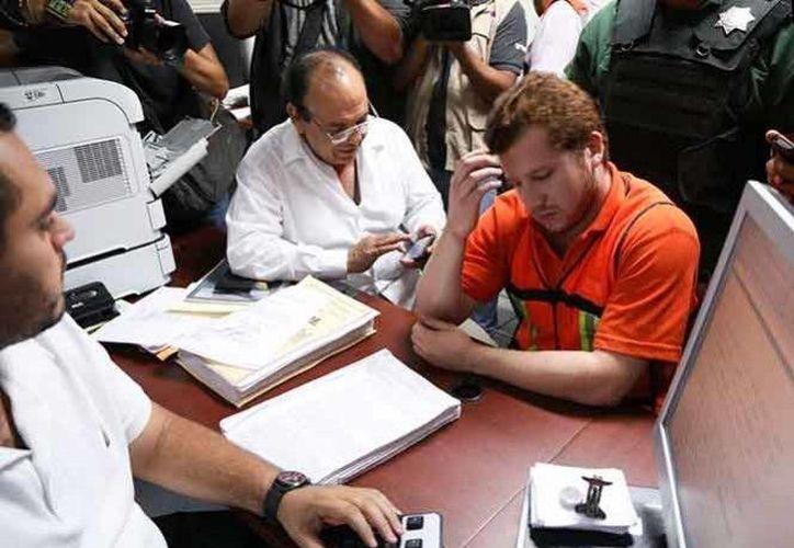 Se dio a conocer una grabación en que Felipe Capitaine reconoce la agresividad de su hijo Enrique, uno de los Porkys. (Foto tomada de excelsior.com)