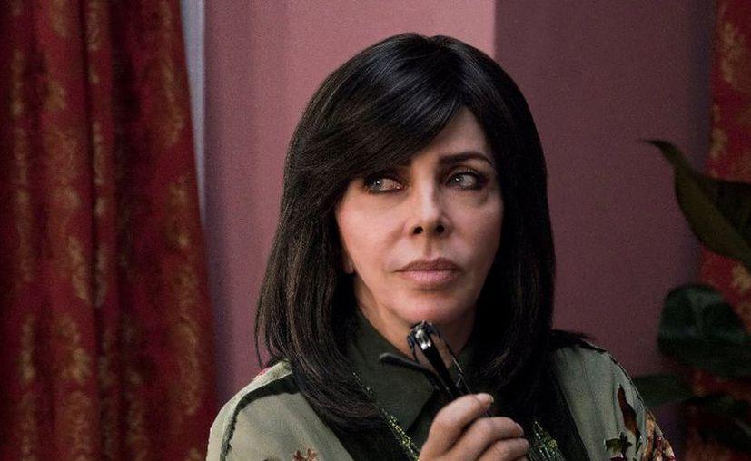 Verónica Castro se está preparando para conducir por primera vez Las mañanitas. (Netflix)