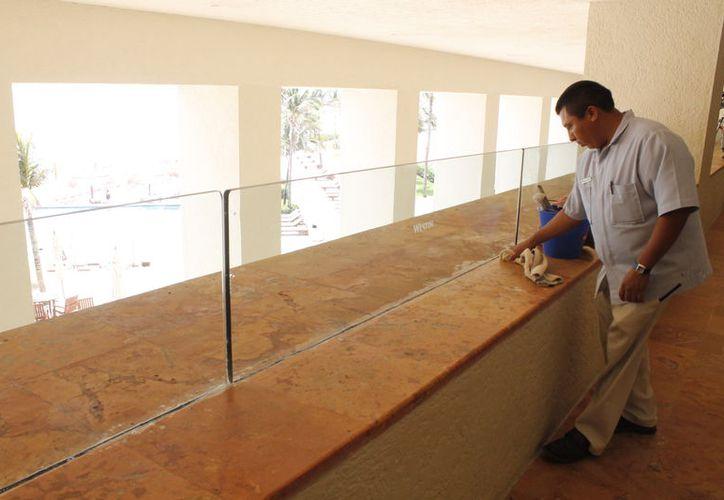 El sector hotelero y de la construcción han aportado mucho para la creación de miles de fuentes empleos en Quintana Roo. (Redacción/SIPSE)