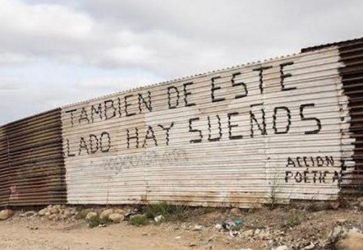 Tras las declaraciones de Donald Trump, la frase colocada en el muro fronterizo se hizo viral. (NSS)