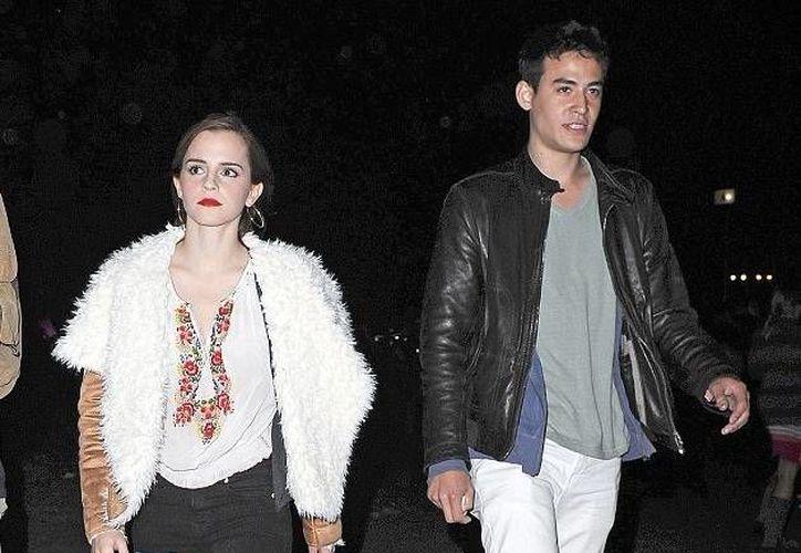 La causa del fin a la relación entre Emma Watson y su novio de años fue el exceso de trabajo, que no les permitía estar juntos. (dailymail.co.uk)