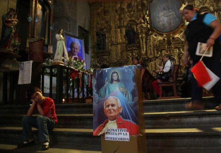 Las celebraciones en la Catedral Metropolitana de México finalizaron alrededor de las 7:00 am. (AP)