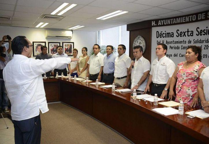 Hoy entró en funciones como contralor municipal de Solidaridad Juan de Dios Guitrón Sánchez.  (Redacción/SIPSE)