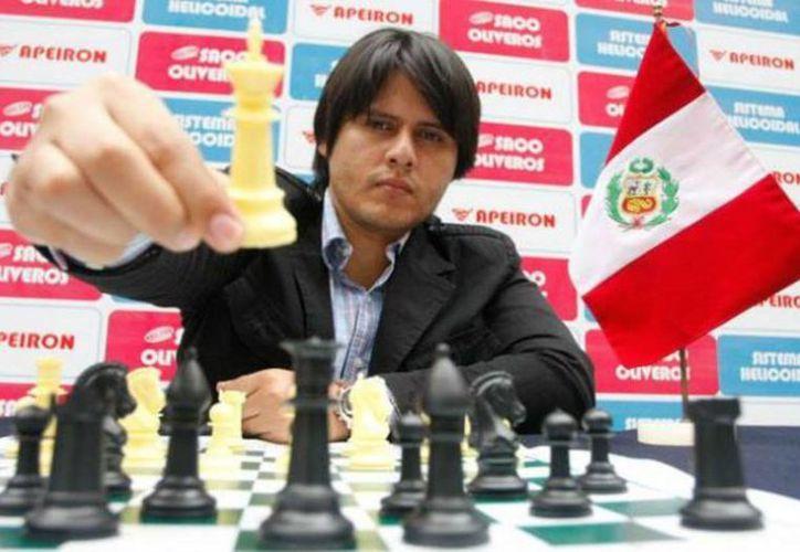 El peruano Emilio Córdova será uno de los competidores. (Raúl Caballero/SIPSE)
