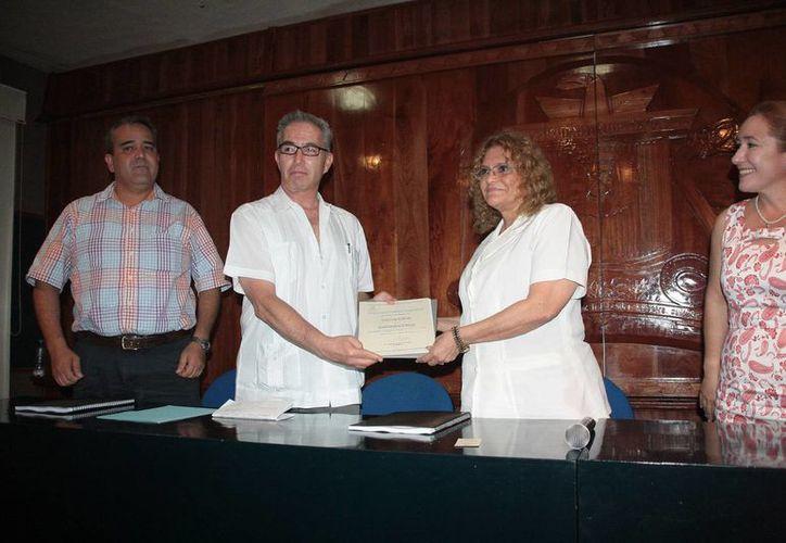 La ceremonia de entrega del reconocimiento nacional. (Julián Miranda/SIPSE)