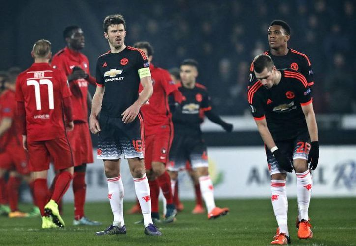 El Manchester United perdió el partido de ida en su presentación en la fase de eliminación directa de la Europa League,  2-1 ante Midtjylland de Dinamarca. (Imágenes de AP)