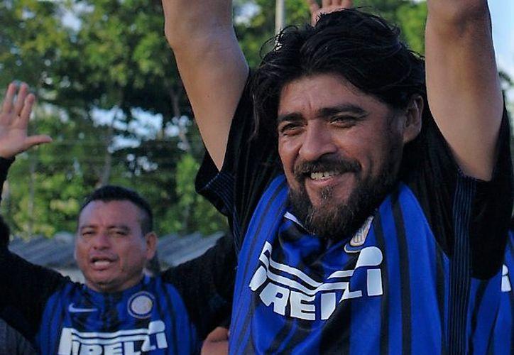 Jorge Francisco Aguilar Peraza, es el 'Gattuso malix', un referente del fútbol de veteranos de Cancún. (Cortesía)
