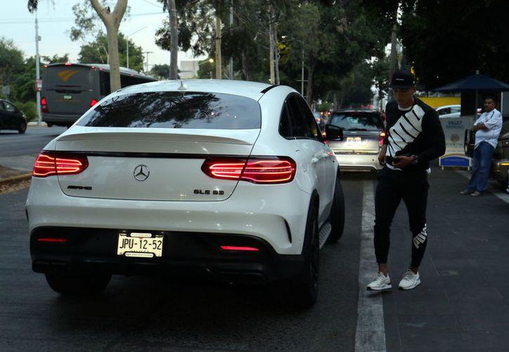 El vehículo robado es un Mercedes GLE 63 AMG con placas (JPU-12-52). (Agencia Reforma)