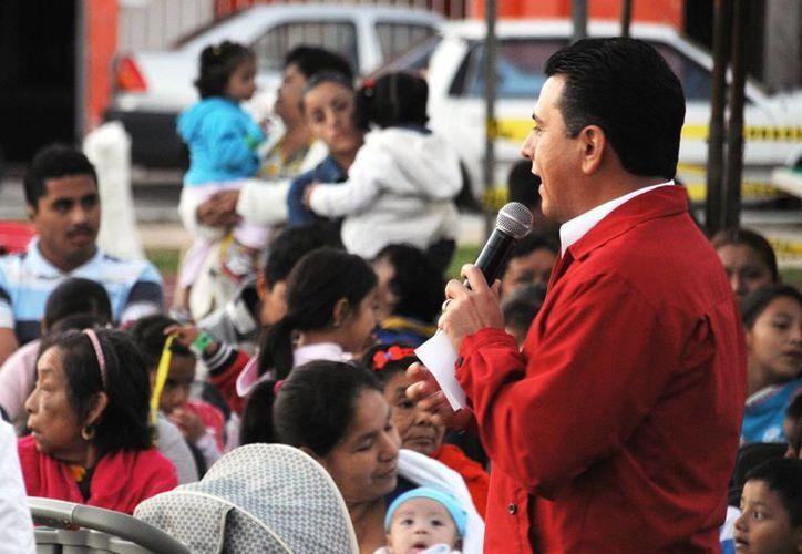 """Cientos de personas se dieron cita en el evento en el parque """"Lugo"""".  (Cortesía/SIPSE)"""