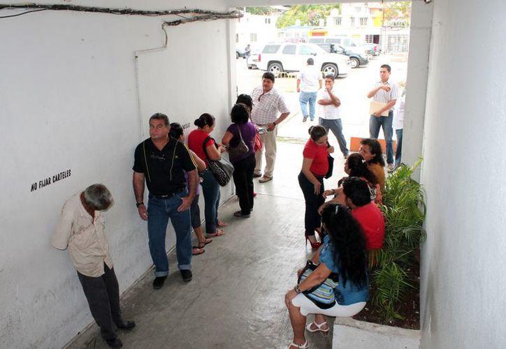 Las instrucciones del Cabildo son el recorte de personal que no cumpla con sus obligaciones y cuidar las finanzas de la administración municipal. (Francisco Sansores/SIPSE)