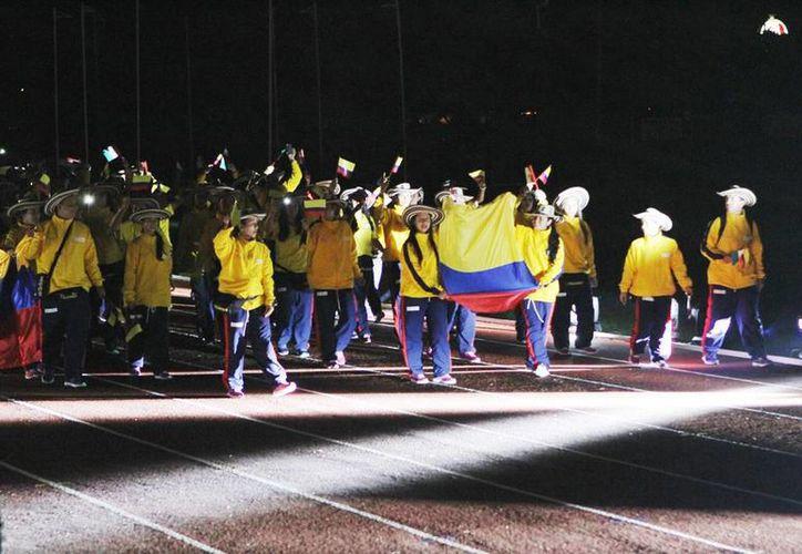 Imagen de los integrantes del equipo representativo de Venezuela en el desfile de inauguración de la Jedecac en Yucatán. (Archivo/SIPSE)