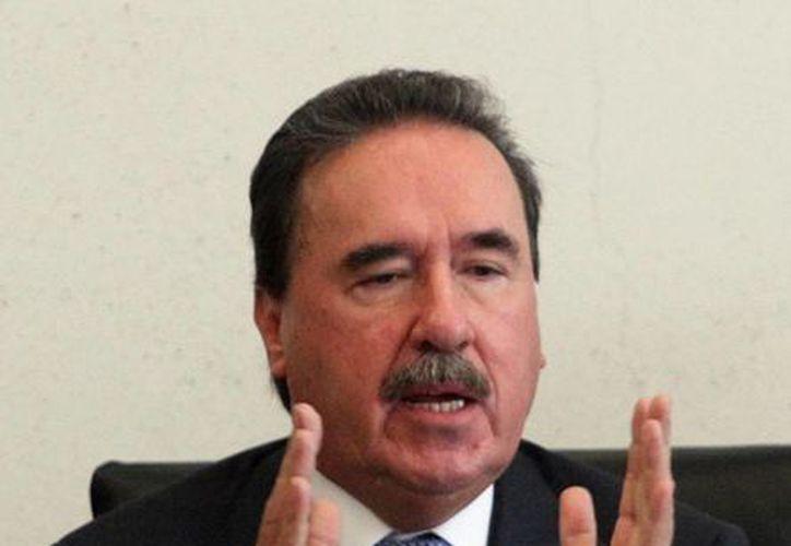 El líder del PRI en el Senado, Emilio Gamboa Patrón, dijo que el sur-sureste recibe beneficios concretos con inversiones por 156 mil mdp en Chiapas, Guerrero y Oaxaca. (Archivo/Notimex)