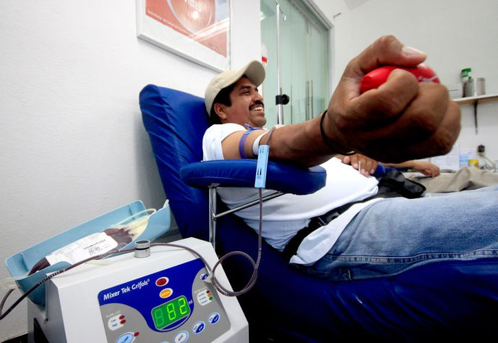 Personas mayores de 18 años, con peso de más de 50 kilogramos, y con buen estado de salud pueden ser donadores de sangre. (Foto: Alejandra Carrión/SIPSE)