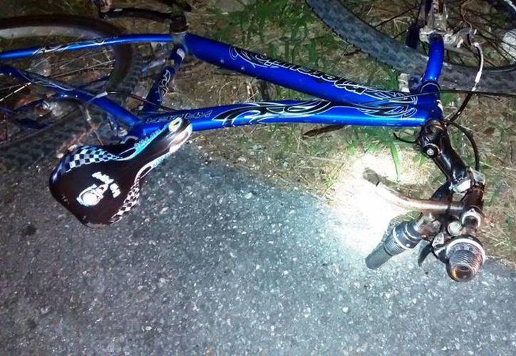 El joven ciclista falleció durante el traslado al Hospital O'Horán. (SIPSE)