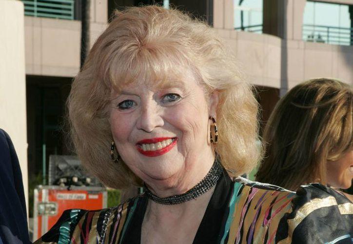 """La actriz Sheila MacRae fue más conocida por su papel de Alice Kramden en la reedición de """"The Honeymooners"""" de la década de 1960. (Agencias)"""
