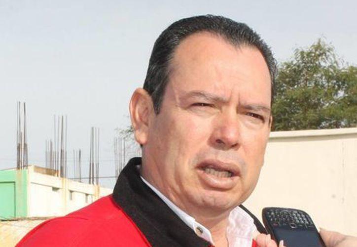 El exmunícipe priista ofrecía 200 pesos en bonos por cada perro muerto. (dominiopublicosl.blogspot.com)