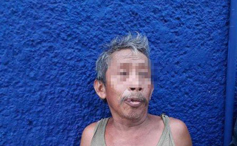 El detenido de 56 años de edad dijo ser originario de Yucatán. (Redacción/SIPSE)
