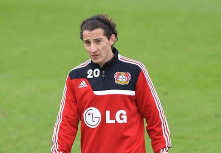 Guardado podría regresar a las canchas cuando su equipo enfrente al Borussia Dortmund. (Foto: Jam Media)