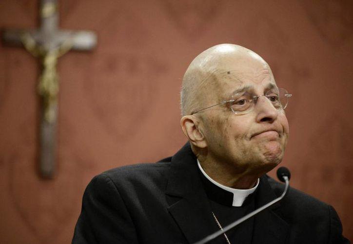 El cardenal Francis George, jerarca de la arquidiócesis católica de Chicago, en una conferencia de prensa.  (Archivo/Agencias)