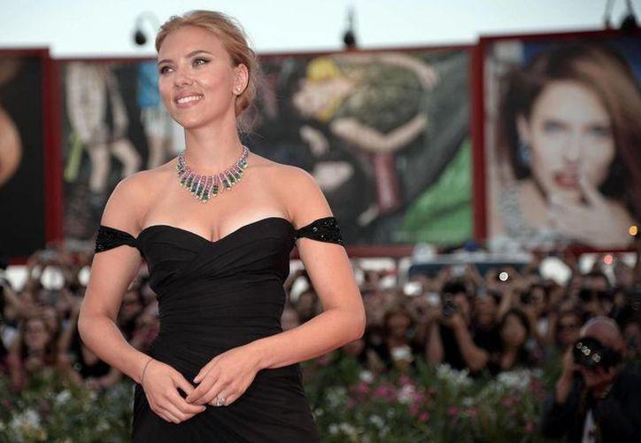 La actriz Scarlett Johansson, de 29 años, se convirtió en madre tras dar a luz una niña en Nueva York. (EFE/Archivo)