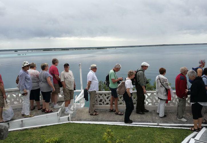 Las actividades turísticas se mantienen a niveles aceptables, a diferencia de hace tres años. (Javier Ortiz/SIPSE)