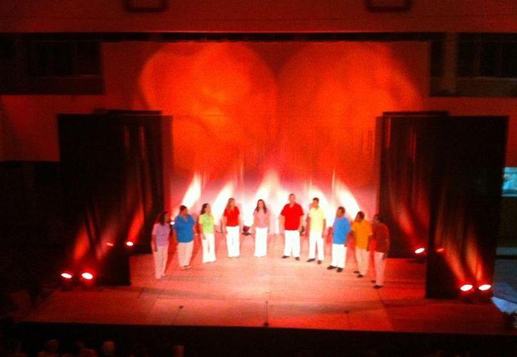 """Quintana Roo Canta"" en el teatro. (Jorge Carrillo/SIPSE)"