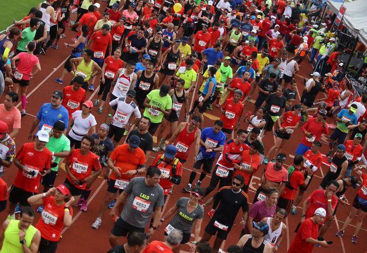 El año pasado, más de 10 mil corredores no completaron el recorrido (Contexto/Twitter).