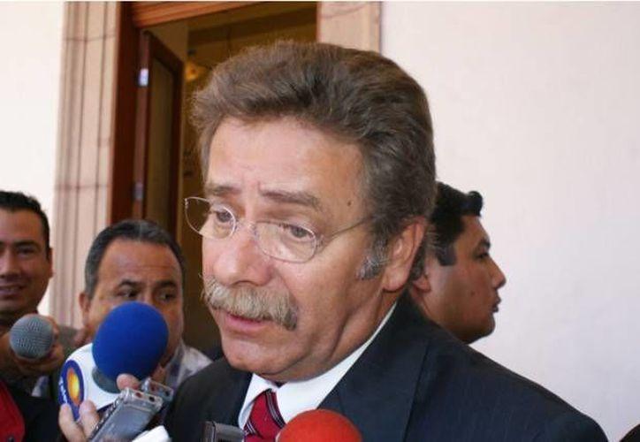 Toranzo Fernández mantiene una reunión con funcionarios de seguridad. (serveracruz.com)