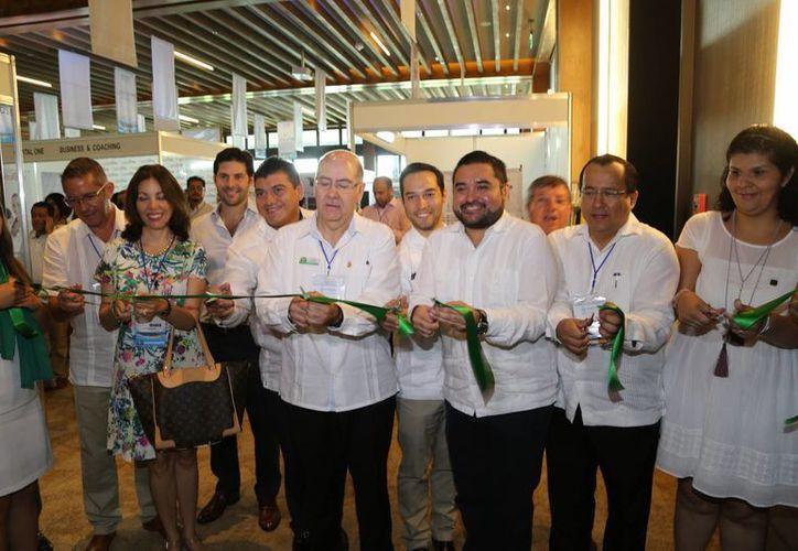 Inauguración del sexto congreso AMPI International Real Estate Summit Cancún. (Israel Leal/SIPSE)