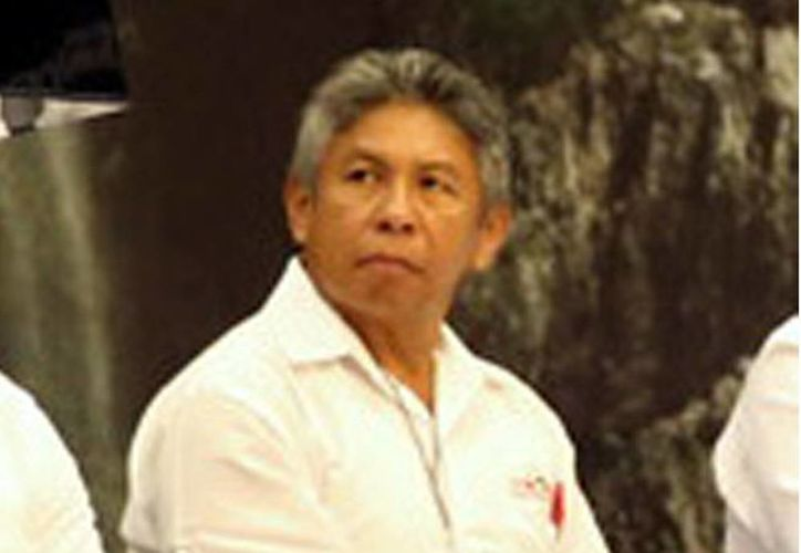 Francisco Rosado May, rector de la Universidad Intercultural Maya de Quintana Roo. (Milenio Novedades)