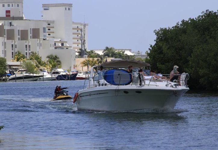 En el sector turístico de Cancún son varias las actividades que se ofrecen para personas con alguna discapacidad. (Tomás Álvarez/SIPSE)