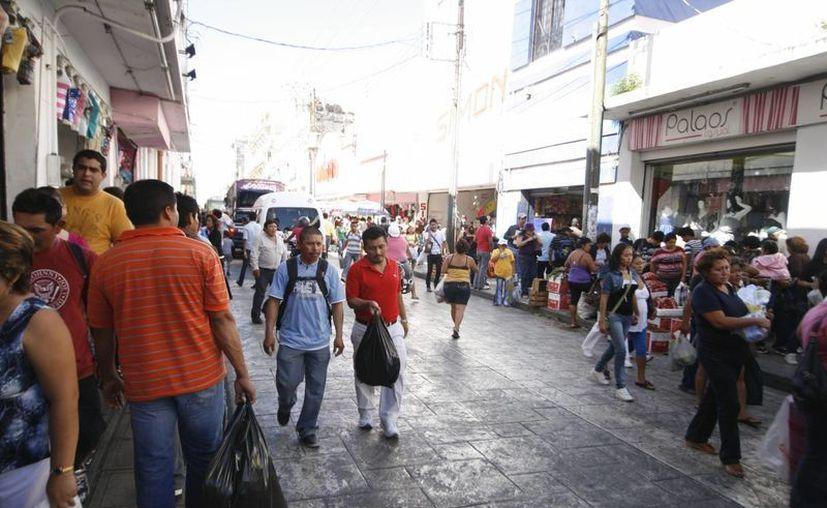 En esta edición los boletos para participar el sorteo Ven al centro y gana se otorgarán cuando las personas realicen compras menores a los 100 pesos. (Milenio Novedades)