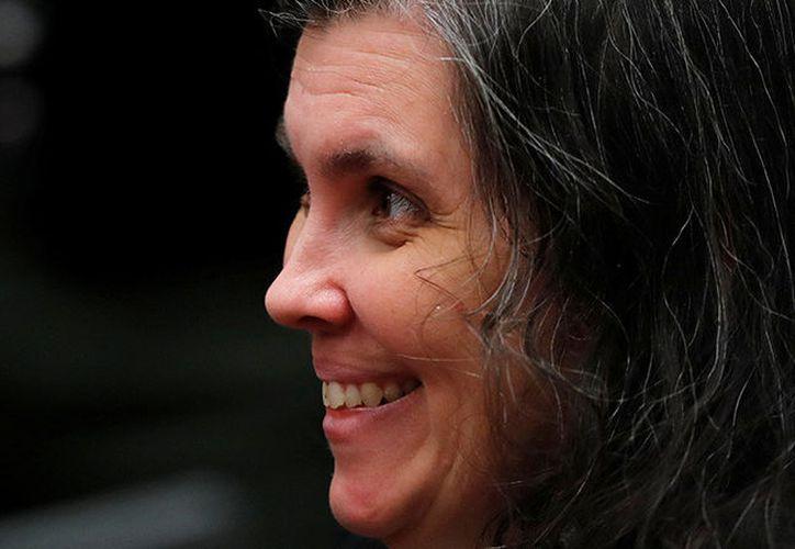Louise Turpin sonríe en una audiencia en un tribunal de Riverside, California. (Foto: Reuters)