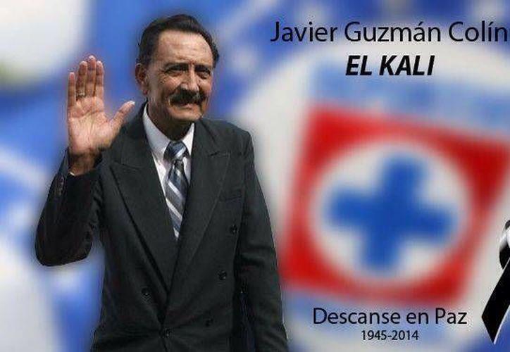 Imagen que el club Cruz Azul 'colgó' en su cuenta oficial de Facebook para honrar la memoria de quien fuera uno de sus defensas 'símbolo': Javier 'Kalimán' Guzmán.
