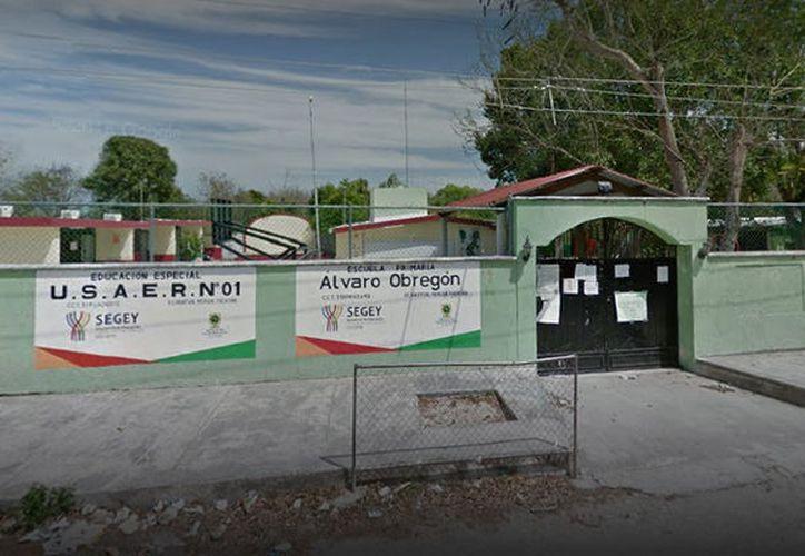"""Personal de la escuela primaria """"Álvaro Obregón"""" de Xcanatún fue denunciada por varias violaciones a los derechos humanos de los alumnos. (Google)"""