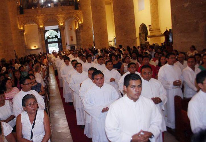 """El proyecto """"Yo por la vida"""" de la Pastoral Juvenil de la Diócesis de Yucatán se realizará de febrero a agosto. (Daniel Sandoval/SIPSE)"""