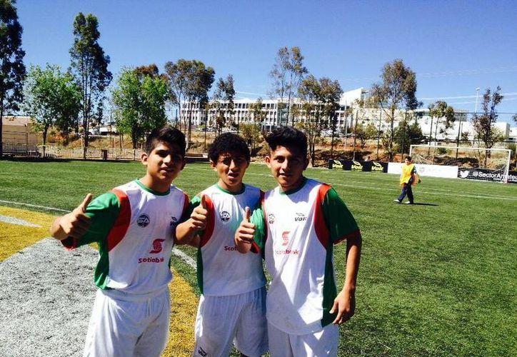 Jair Ascencio y Cristian Cruz anotaron de penal los goles que enviaron a Yucatán a cuartos de final. (Milenio Novedades)