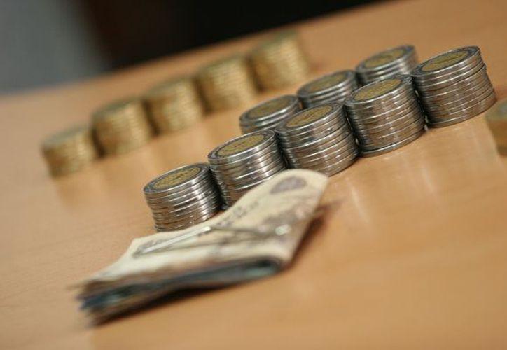Si vas a solicitar un crédito en una microfinanciera, debes primero comparar, preguntar toda la información que necesites. (sintesis.mx)