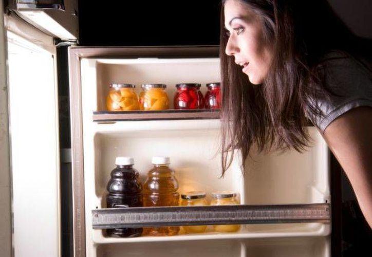 La sensación de hambre, pero sin saber qué comer, es un indicio de falta de nutrientes. (Internet)