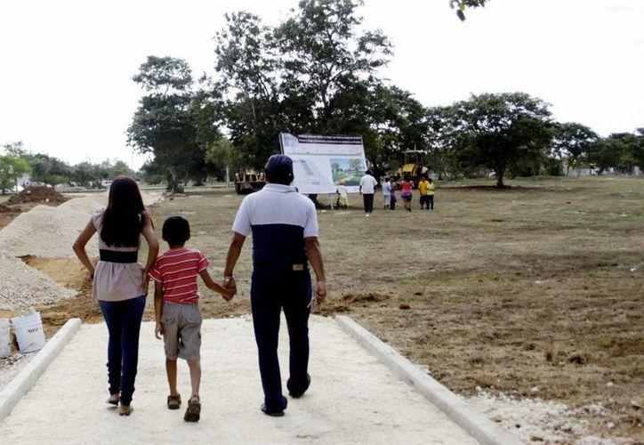 """Los nombres a elegir son: """"El Gran Parque"""",""""Altavía"""", """"Andares"""", """"Paseo de Mérida"""" y """"Paseo Verde"""". (SIPSE)"""