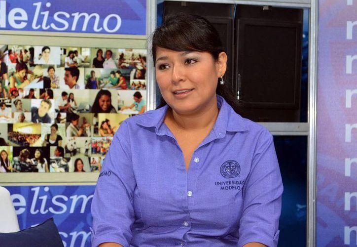 Leticia Carrillo Muñoz, docente en Turismo de la Universidad Modelo, declaró que lo más relevante del evento son las experiencias e incluso contactos que establecerán los estudiantes. (Milenio Novedades)