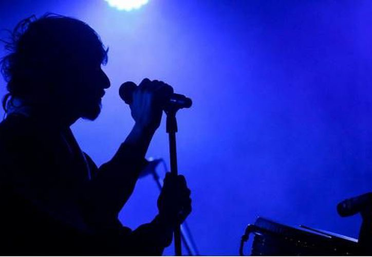 El cantante de rock mexicano hizo polémicas declaraciones en Twitter, ahora teme por su vida. (Cuarto Oscuro)
