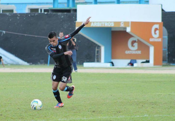 Toros vino de atrás y empató con FC Mérida, en el partido que jugaron en Nezahualcóyotl. (Archivo SIPSE)
