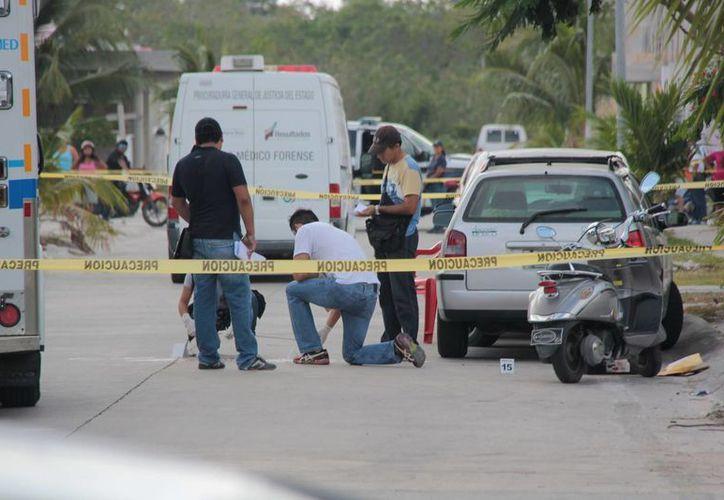 El cuerpo de un hombre sin vida fue encontrado en una calle de la colonia Nueva Generación de Cozumel. (Redacción/SIPSE)