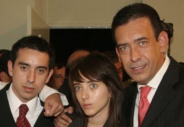 José Eduardo Moreira Rodríguez con su padre Humberto Moreira, ex gobernador de Coahuila. (www.cnn.com)
