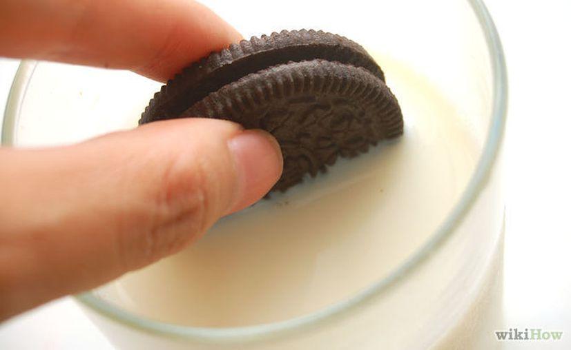 Comer galletas con leche está científicamente diseñado para tener un buen sabor. (Foto: Contexto/Internet)