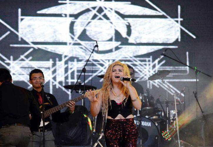 La tarima SIPSE ofreció una gran diversidad de ritmos y artistas en la tarima más 'explosiva' del carnaval. (Milenio Novedades)