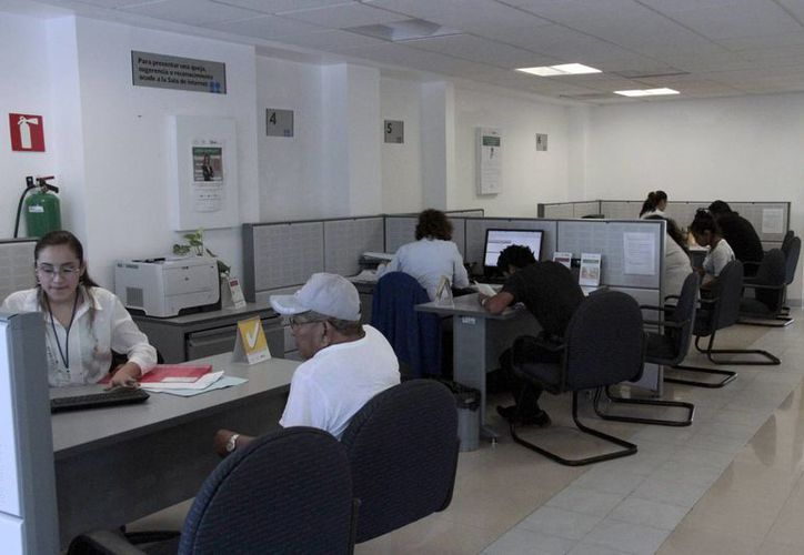 El SAT da seguimiento a casos de contribuyentes defraudados a nivel nacional. (Tomás Álvarez/SIPSE)